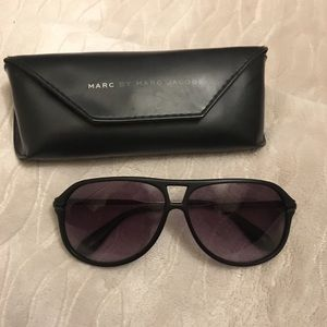 Marc by Marc Jacobs Aviator style glasses